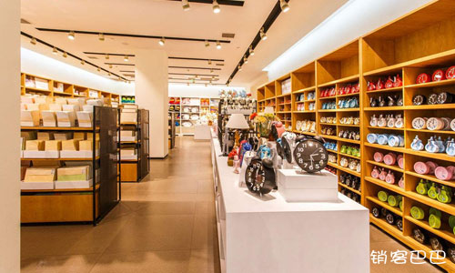 40平米便利店经营技巧,竞争激烈的便利店,6个月开了100多家连锁