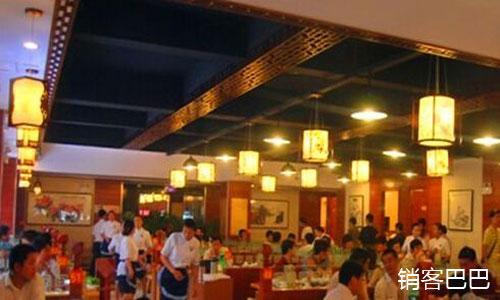 火锅店营销案例,如何通过代金券吸引客流,通过其它产品产生赢利
