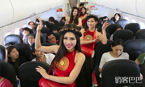 越捷航空的低价营销策略,世界最便宜的航空公司,如何赚到12个亿